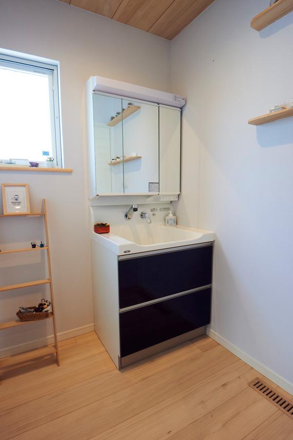 洗面台 - もみの木ハウス - 施工事例